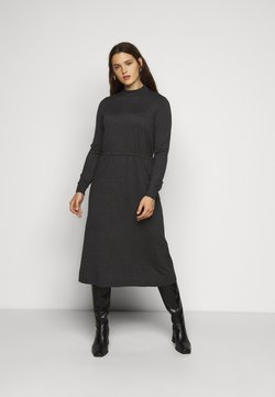 Vero Moda Curve - VMSHARM HIGHNECK DRESS - Strickkleid - dark grey melange