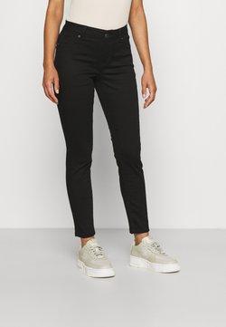 Vero Moda Petite - VMHOT SEVEN SLIM PUSH UP - Slim fit jeans - black