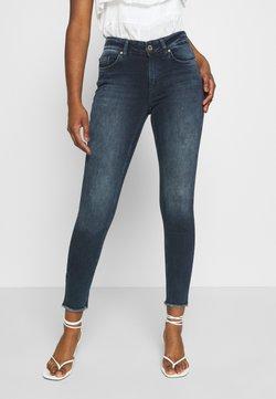 ONLY Petite - ONLBLUSH LIFE MID RAW - Jeans Skinny Fit - blue black denim