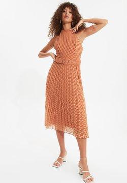 Trendyol - Freizeitkleid - orange