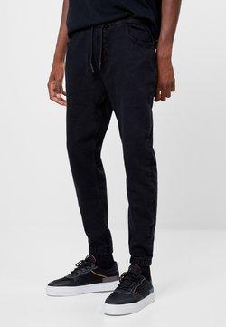Bershka - Jeans Tapered Fit - black