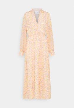 Selected Femme - SLFJEANIE VIENNA DRESS - Maxikleid - opera mauve