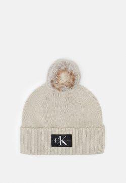 Calvin Klein Jeans - LOGO GLITTER BEANIE - Mütze - beige
