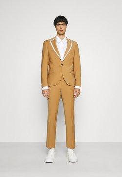 Twisted Tailor - HYNES SUIT - Anzug - mustard