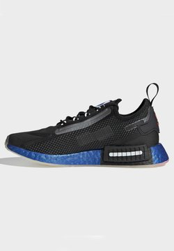 adidas Originals - NMD_R1 SPECTOO SHOES - Sneakersy niskie - black
