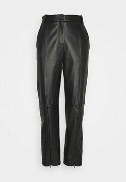 MM6 Maison Margiela - Pantalon en cuir - black