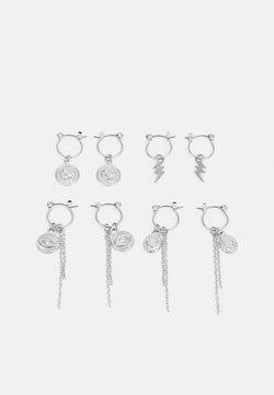Pieces - PCKAROLINE HOOP EARRING 4 PACK  - Earrings - silver-coloured