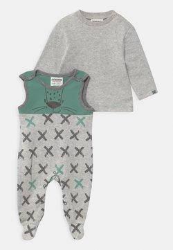 Jacky Baby - LEOPARDY - Pyjama - hellgrau
