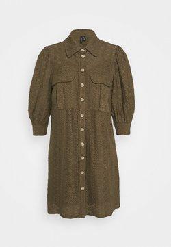 Vero Moda Petite - VMHENNY DRESS - Robe chemise - beech