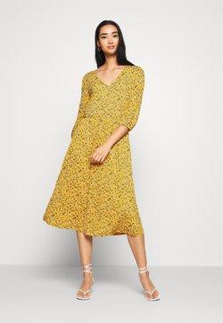 ONLY - ONLPELLA DRESS - Robe d'été - golden yellow