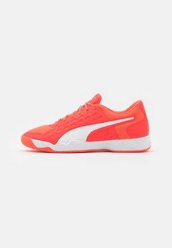 Puma - AURIZ - Käsipallokengät - red blast/white