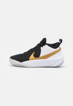 Nike Performance - TEAM HUSTLE D 10 UNISEX - Chaussures de basket - black/metallic gold/white/photon dust