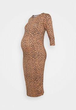 Dorothy Perkins Maternity - PRINT DRESS - Vestido ligero - camel