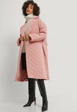 NA-KD - Klassinen takki - dusty pink