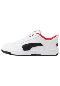 Puma - REBOUND LAYUP UNISEX - Sneakers - white/black/high risk red