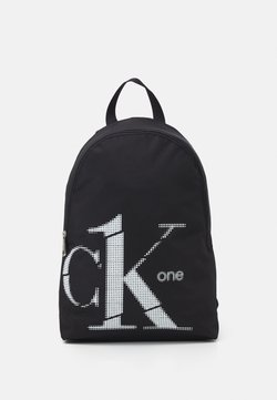 Calvin Klein - ROUNDED BACKPACK - Reppu - black