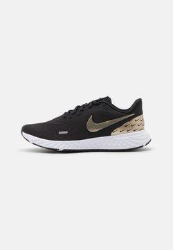 Nike Performance - REVOLUTION 5 PRM - Chaussures de running neutres - black/metallic gold grain