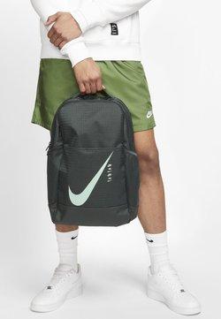 Nike Performance - Reppu - green