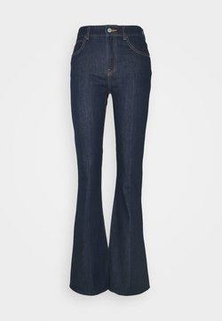 Emporio Armani - POCKETS PANT - Jeans a zampa - denim blu