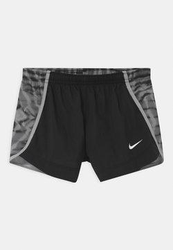 Nike Performance - DRY SPRINTER - Korte broeken - black/light smoke grey
