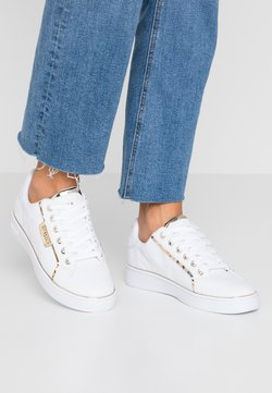 Guess - BANQ - Sneakersy niskie - white