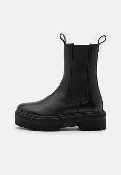 Copenhagen Shoes - GOING - Platform-saappaat - black