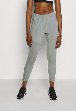 Nike Performance - ESSENTIAL PANT - Pantaloni sportivi - particle grey/silver
