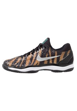 Nike Performance - AIR ZOOM CAGE - da tennis per terra battuta - wheat/metallic silver/hyper jade/desert ore/black/white