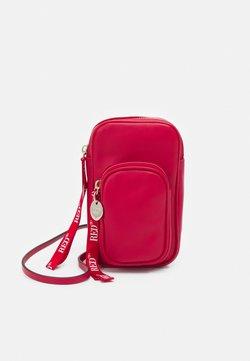 Red V - SMARTPHONE CASE - Kännykkäpussi - fragola