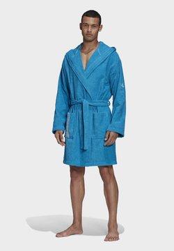 adidas Performance - U PREMIUM SWIM COTTON BATHROBE - Peignoir - blue