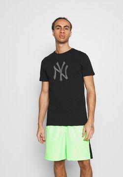 New Era - NEW YORK YANKEES REFLECTIVE PRINT TEE - Fanartikel - black