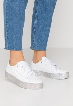 Tommy Hilfiger - GLITTER FOXING DRESS SNEAKER - Trainers - white/silver