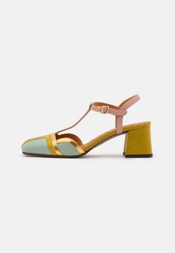 Chie Mihara - VORITA - Classic heels - salvia/powder/curry/tana gold