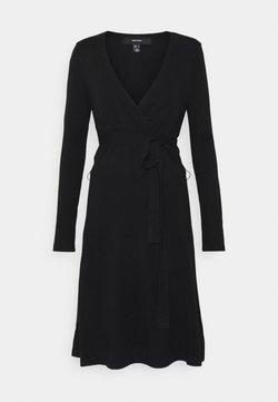 Vero Moda Tall - VMKARISARA WRAP DRESS  - Strikket kjole - black