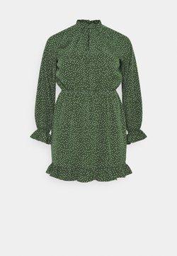 Missguided Plus - HIGH NECK KEYHOLE DRESS POLKA - Freizeitkleid - green