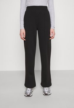 Pieces - PCCHILLI WIDE PANTS - Jogginghose - black