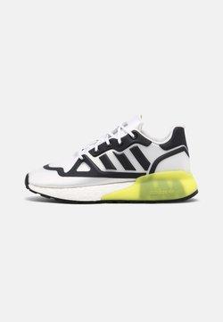 adidas Originals - ZX 2K BOOST FUTURESHELL UNISEX - Zapatillas - white/black/acid yellow