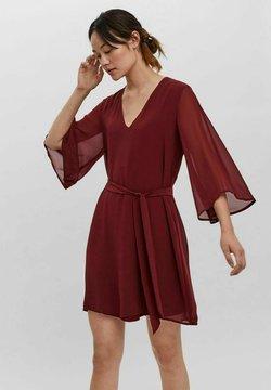 Vero Moda - KLEID  - Vestido ligero - cabernet