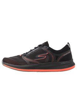 Skechers Performance - GO RUN PULSE - Zapatillas de running neutras - black/orange