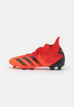adidas Performance - PREDATOR FREAK .2 FG - Botas de fútbol con tacos - red/core black/solar red