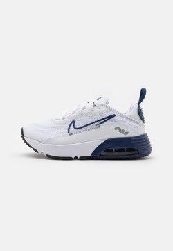 Nike Sportswear - AIR MAX 2090 UNISEX - Sneakersy niskie - white/blue void/light smoke grey