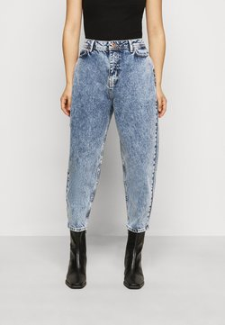 Noisy May Petite - JUNE RELAX  - Jeansy Relaxed Fit - medium blue denim