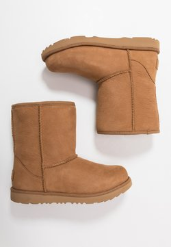UGG - CLASSIC SHORT WP - Stiefelette - chestnut