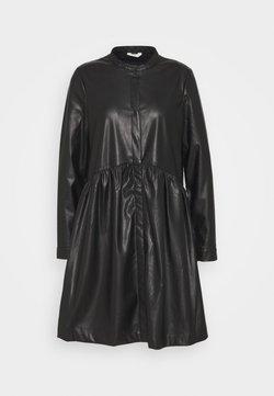 ONLY Tall - ONLCHICAGO DRESS - Robe d'été - black