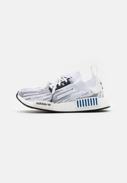 adidas Originals - NMD_R1 BOOST PRIMEKNIT SPORTS INSPIRED SHOES UNISEX - Sneakersy niskie - footwear white/core black