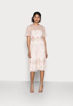 Adrianna Papell - BEADED FLUTTER DRESS - Cocktailkleid/festliches Kleid - pale pink