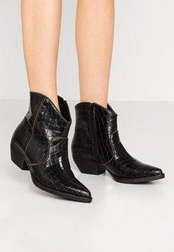 Tosca Blu - SOFY - Ankle Boot - nero