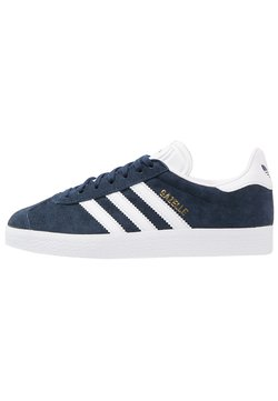 adidas Originals - GAZELLE - Sneaker low - conavy/white/goldmt
