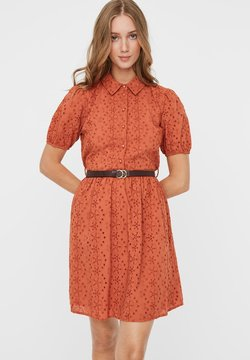 Vero Moda - STICKEREI - Vestido camisero - auburn