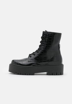 Topshop - BILLY LACE UP BOOT - Stivaletti con plateau - black